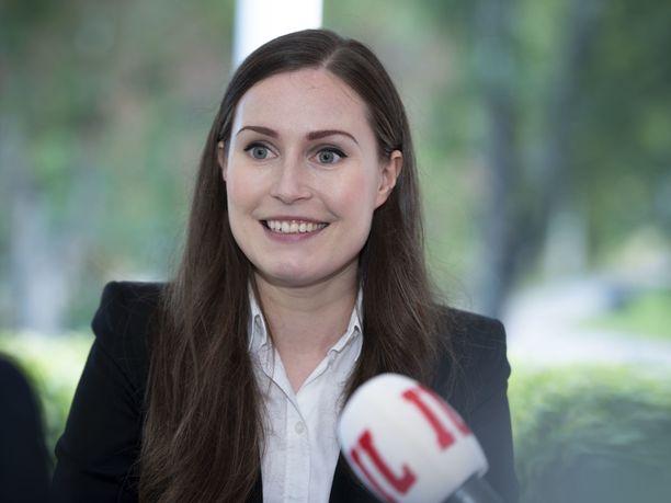 Suomalaiset uskovat pääministeri Sanna Marinin hallituksen jatkavan vaalikauden loppuun.