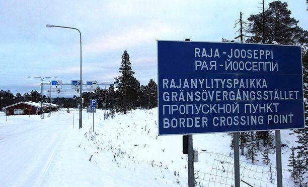 Raja-Joosepilla oli tammi-helmikuussa ruuhkaa, kun sadat turvapaikanhakijat pyrkivät Suomeen Venäjän kautta.