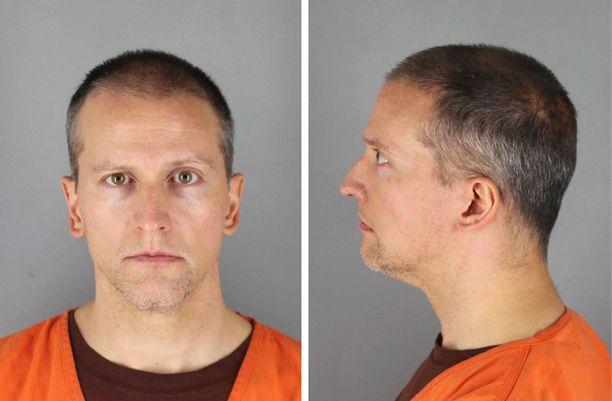 Entinen poliisi Derek Chauvin käyttää perustuslaillista oikeuttaan ja kieltäytyy todistamasta.