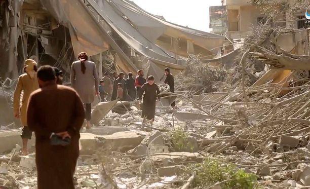 Raqqan kaupunki on kärsinyt pahoin pommituksista.