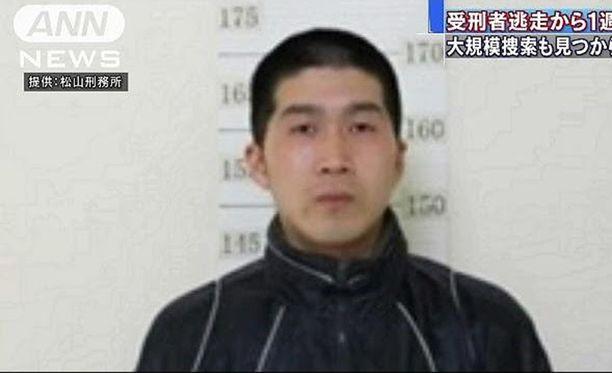 Ovela karkuri on onnistunut pakoilemaan jo toista viikkoa, vaikka häntä etsii 6 600 poliisia.