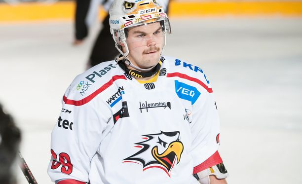 Sami Blomqvist siirtyi Sportista Saksan kakkosliigaan kesken kauden 2016-17.