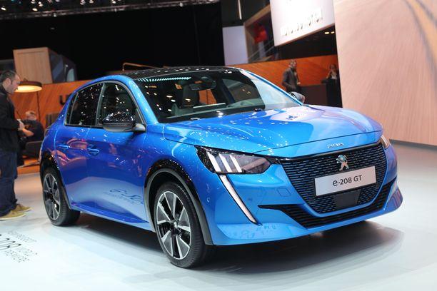 Yksi Peugeot 208:n versiosta on täyssähköauto.