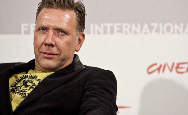49-vuotias Mikael Persbrandt on näytellyt useissa Beck-elokuvissa.
