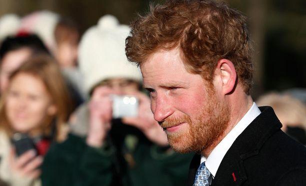 Harryn parta on komean punainen.