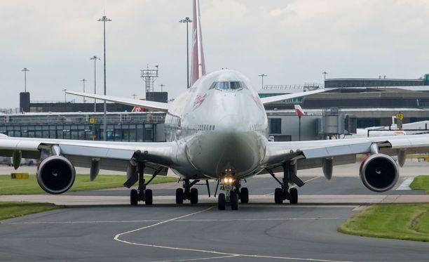 Virgin Atlanticin lentokone joutui palaamaan takaisin lähtökentälle.