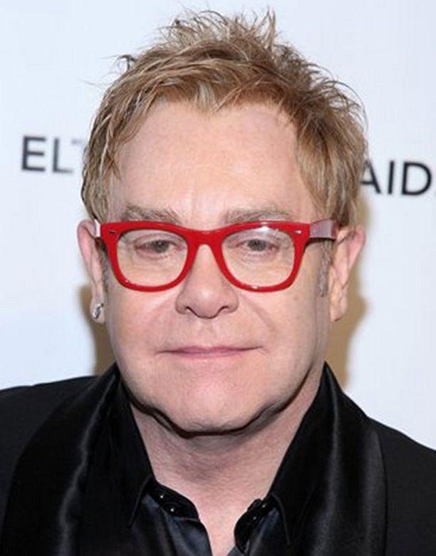 Elton Johnin keikka peruuntui sairastumisen takia.