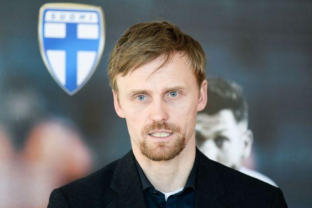 Hannu Tihinen on Palloliiton pelaajakehityspäällikkö.