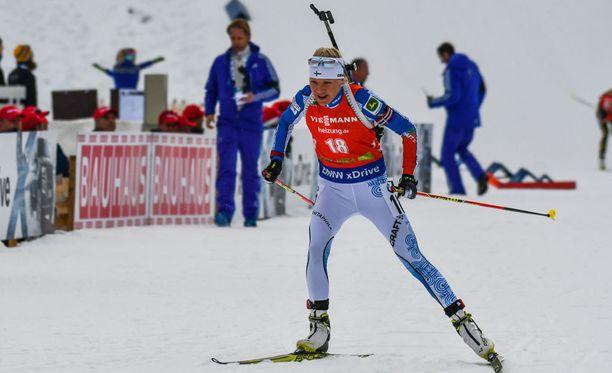 Kaisa Mäkäräinen nousi kymmenennen kerran urallaan palkintokorokkeelle Pokljukassa.