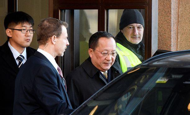 Pohjois-Korean ulkoministeri Ri Young-ho viettää Ruotsissa koko viikonlopun.