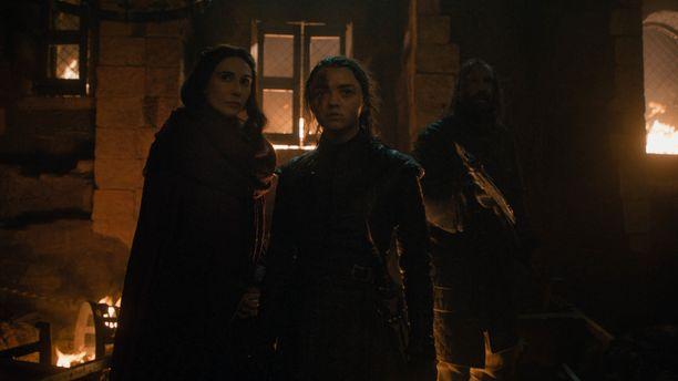 Melisandre kannusti Arya Starkia kohtaamaan Yön kuninkaan.