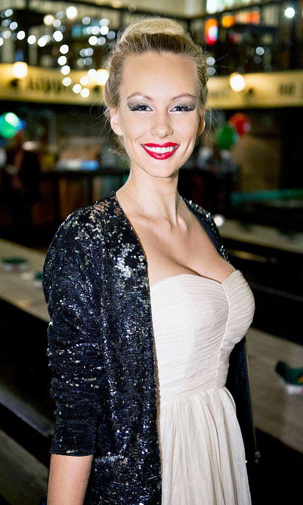 Kristina Karjalainen edusti Viroa myös Miss Maailma -kisoissa.