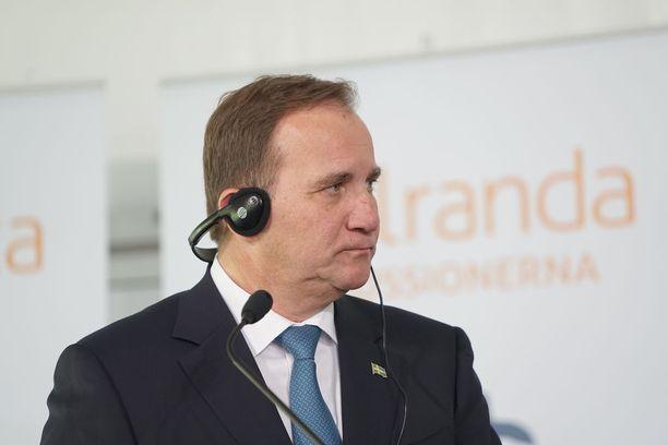 Ruotsin pääministerin Stefan Löfvenin sosiaalidemokraateille kannatustutkimukset ennakoivat vaikeuksia.
