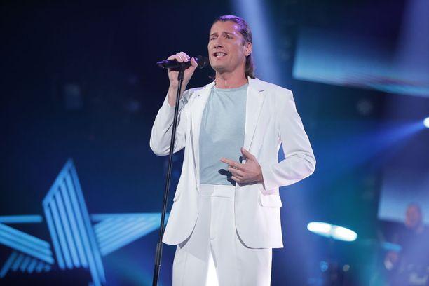 Laulaja Tomi Metsäketo on ollut otsikoissa naisten ahdistelusta.