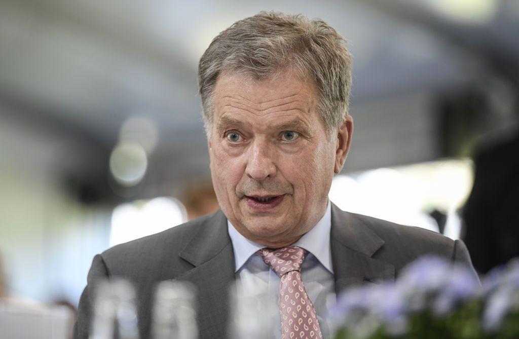 """Presidentti Niinistö ei suostunut Trumpin ja Putinin erotuomariksi - kummeksui Helsingin pitämistä """"neutraalina ympäristönä"""""""
