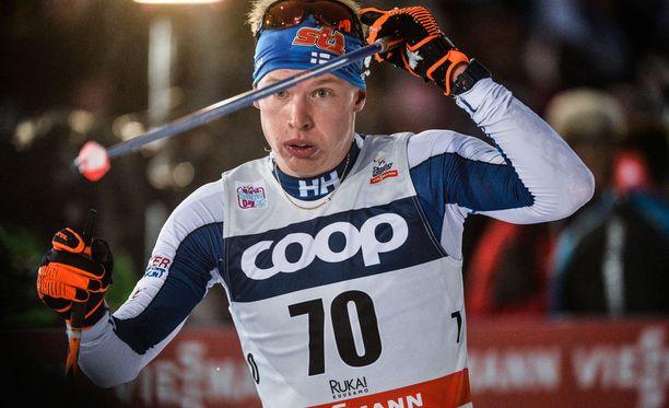 Iivo Niskanen hiihti lauantaina Rukalla viidennen kerran urallaan palkintopallille maailmancupissa.