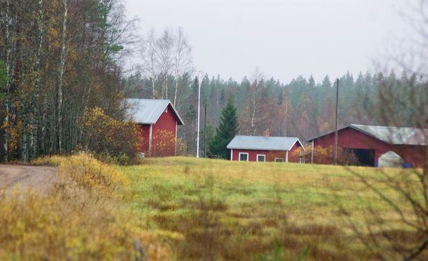 Verkkoaita, piikkilanka ja valvontakamerat huolehtivat siitä, että venäläisyrityksen maaperälle eivät satunnaiset kulkijat eksy.