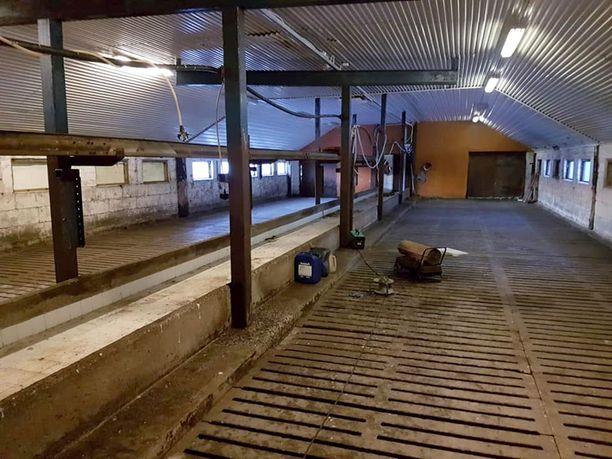 Nykymaatalouden tyypillinen näky: Tila on lopetettu ja lehmät viety pois.