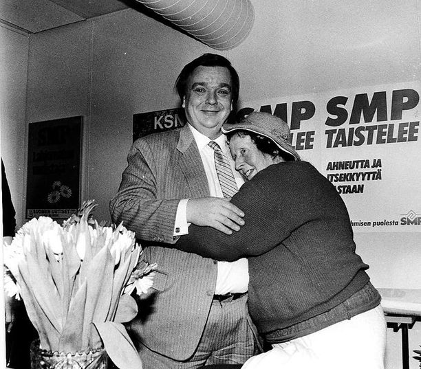 Pekka Vennamo nousi politiikan eturiviin jo 1970-luvulla.