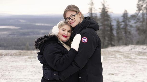 Anna ja Ville-Pekka testaavat suhdettaan televisiossa.