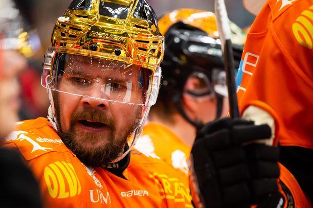 Juha-Pekka Haataja pelasi kaksi viimeistä kauttaan KooKoossa.