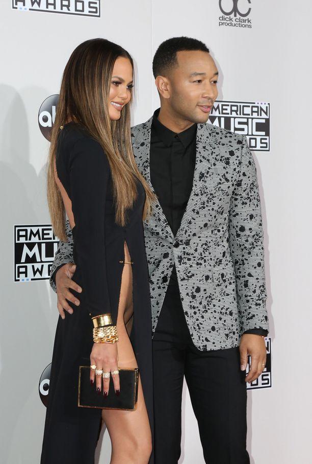 Chrissy juhli yhdessä aviomiehensä John Legendin kanssa.