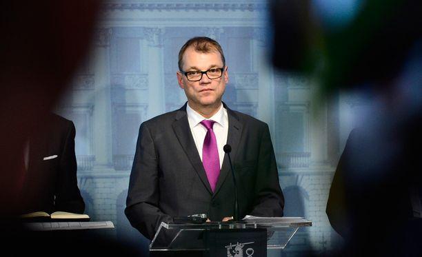 Juha Sipilän takki kääntyi.
