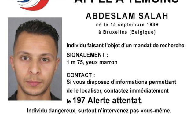 Ranskan ja Belgian viranomaiset etsivät Salah Abdeslamia ja toista, toistaiseksi tuntematonta henkilöä. Ranskan poliisi julkaisi etsintäkuulutuksen Abdeslamista.