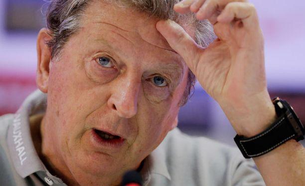 Englanti kohtaa sunnuntaina Italian Roy Hodgsonin komennossa.
