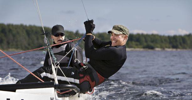 Ilma pysyy keskimääräistä lämpimämpänä, mutta sateet saapuvat Suomeen loppuviikosta.
