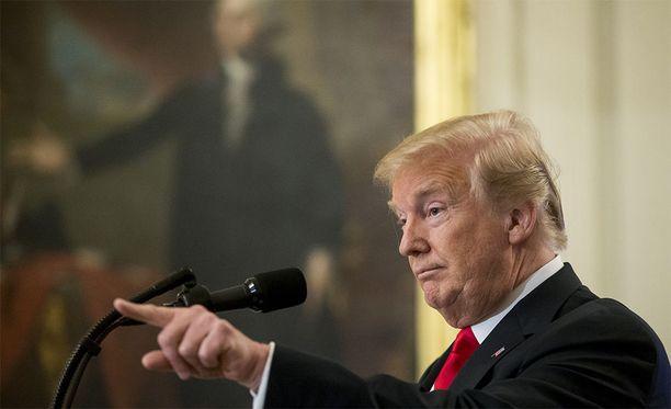 Trump syyttelee Helsinki-tapaamista kritisoivia medioita valeuutisoinnista.