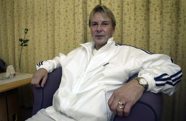 Matti Nykäsen persoona muuttui huomattavasti, kun hän otti alkoholia. Kuva vuodelta 2004.