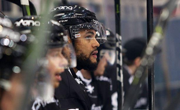 Mark Fraser tuli SM-liigaan, kun NHL:n ovet sulkeutuivat eikä AHL enää houkutellut.