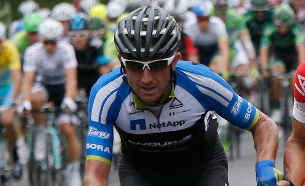 Bartosz Huzarski ajaa Netapp Endura -tallissa.