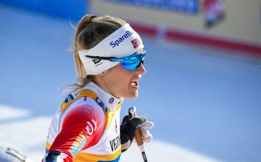 """Therese Johaug lyttää FIS:n kohupäätöksen: """"kuin uskoisi joulupukkiin"""""""