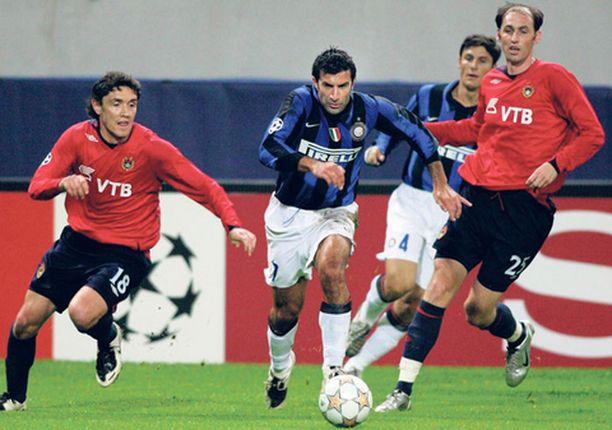 Vanhat Real Madrid kaverit jyräävät Mestarien liiga -tilastossa. Raúl johtaa ja Luis Figokin (oik) pääsee kolminumeroisiin lukuihin.