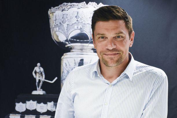 Riku Kallioniemi toivoisi suomalaisten olevan ylpeitä SM-liigasta.