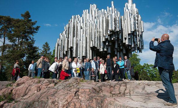Ulkomaalaisten matkailijoiden määrä Suomessa on nousussa.