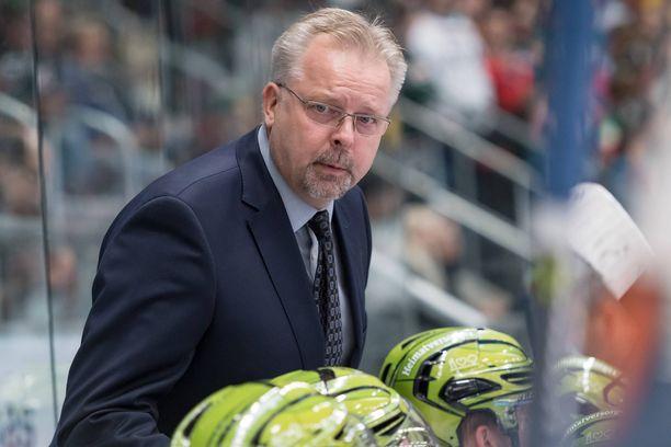 Jari Pasanen ei vielä tiedä, mitä seuraa hän valmentaa ensi kaudella.