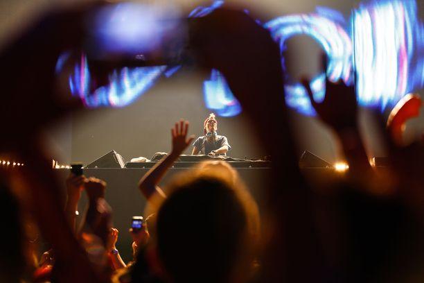 Avicii ehti esiintyä Suomessa neljä kertaa.
