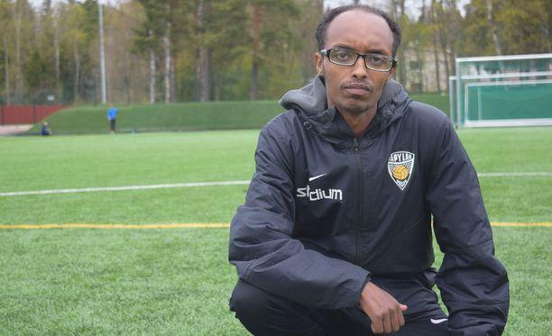 Abdi Abdirahman Mohamed aloitti valmentamisen 17-vuotiaana.