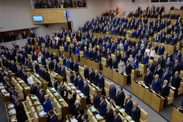 Venäjän duumassa pidetään jatkossa voimistelutaukoja istuntojen aikana.