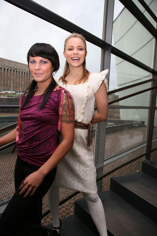PMMP jäi keikkatauolle vuonna 2007, kun sekä Mira että Paula jäivät äitiyslomalle.