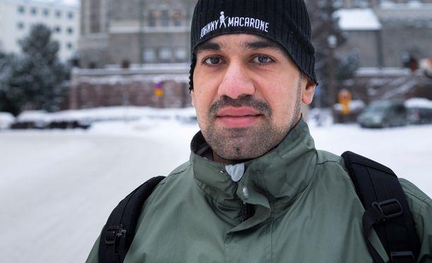 Irakilainen Mohamed kertoo, että hän haluaa rakentaa uuden elämän Suomessa.