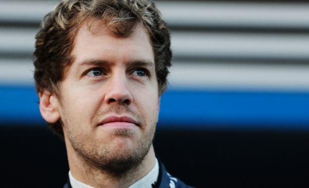 - Tämä on kamalaa hänen perheelleen ja ystävilleen, Sebastian Vettel sanoo Michael Schumacerin tilasta.