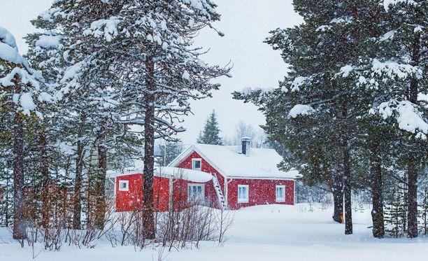 Paksu lumipeite toimii eristeenä maanalaisille putkille.