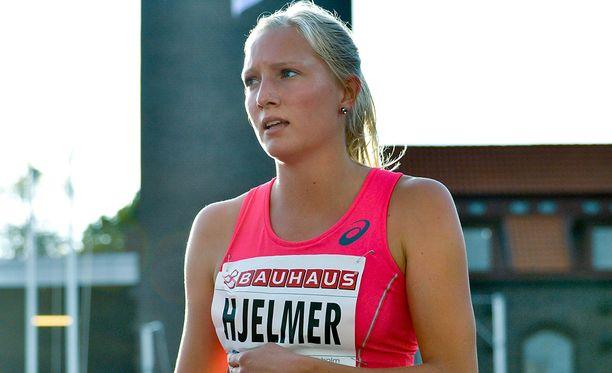 Moa Hjelmer kertoi marraskuussa kuusi vuotta sitten tapahtuneesta raiskauksesta.
