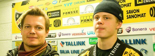 Isä Sami Kapanen (vas.) ja poika Kasperi Kapanen (oik.) ovat samaan aikaan KalPan kokoonpanossa lauantain Ilves-ottelussa.