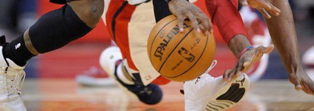 Polttivatko Chicago Bullsin pelaajat pilveä ennen otteluita kaudella 2002-03?