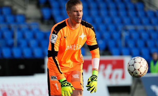 HIFK:n maalivahti Tomi Maanoja ei unohda Itävaltaa vastaan torjumaansa rangaistuspotkua.